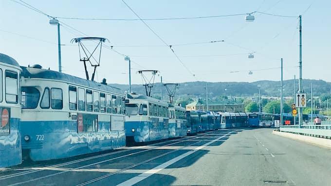 Spårvagnstrafiken är lamslagen i hela Göteborg. Foto: Hector Junelind