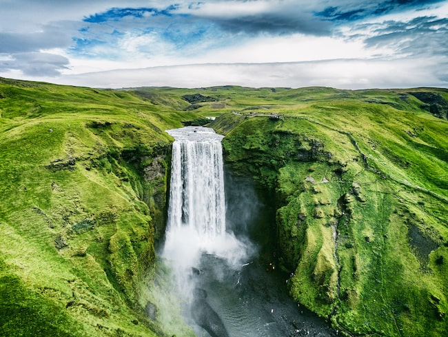 Förra året besökte 2,3 miljoner resenärer Island.