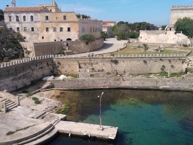 Det finns gott om gamla fängelser som är omgjorda till hotell eller besöksmål för turister.