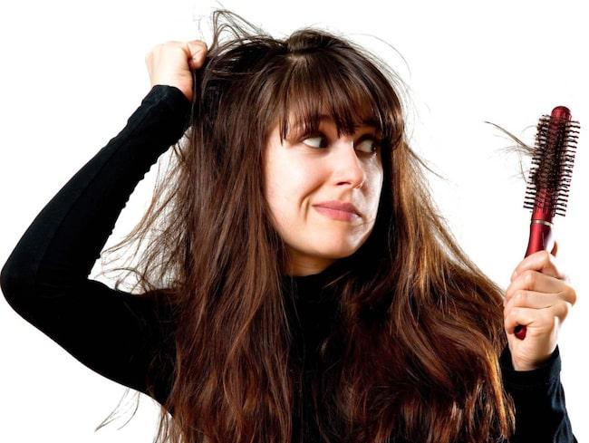 <span>Tröttnat på kluvna toppar?  Så ofta bör du trimma håret för att slippa!</span>