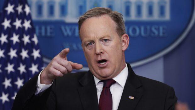Vita huset stängde ute flera medier