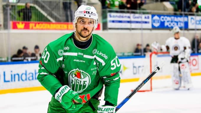 Juhamatti Aaltonen är petad mot Färjestad och kan vara på väg bort från Rögle. Foto: LUDVIG THUNMAN / BILDBYRÅN