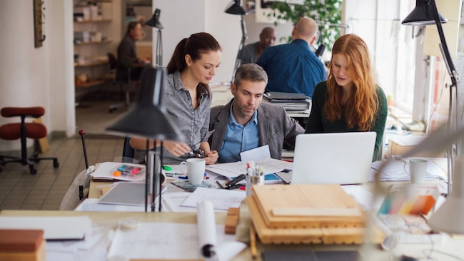 <span>I en studie från Stressforskningsinstitutet har man följt 600 personer på sammanlagt 33 olika arbetsplatser som har sex timmars arbetsdag.<br></span>