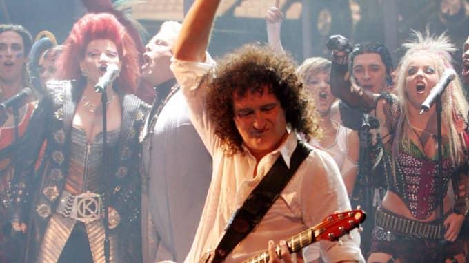 Bandets karismatiske sångare Freddie Mercury gick bort 1991 och numera är det gitarristen Brian May (bilden) och trummisen Roger Taylor som för det musikaliska arvet vidare Foto: Jan Pitman