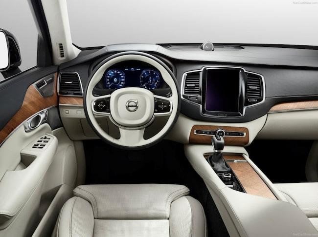 Däremot har moderna bilar bättre isolering mot högfrekventa ljud som vindsus till exempel.