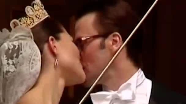 Här är kronprinsessan Victorias och prins Daniels kärlekshistoria