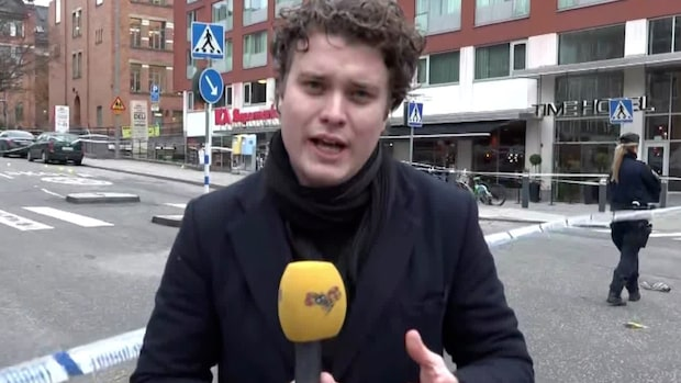 Känd mördare attackerad med machete mitt i centrala Stockholm