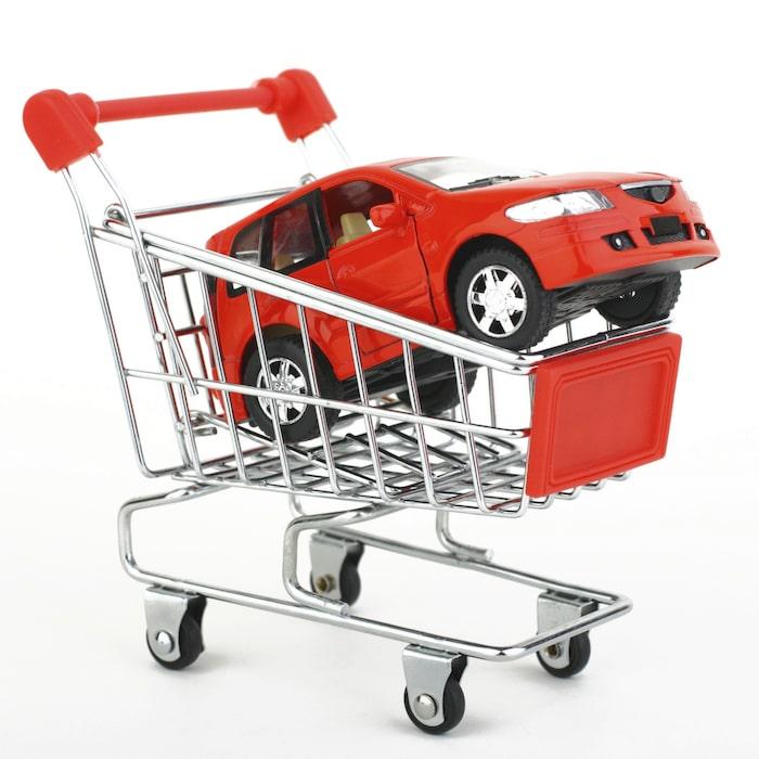 Köpa bil hos bilhandlare eller privat? Tänk på det här | Allt om Bilar