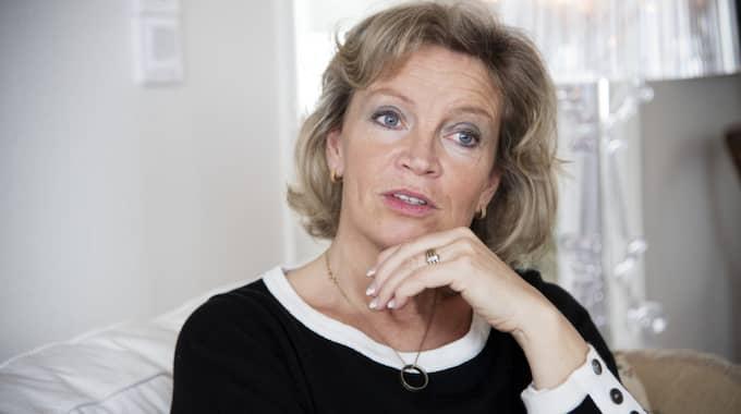 Änkan Gitten Bolin Öholm, 54, berättar att sorgen kommer över henne i vågor. Foto: Olle Sporrong