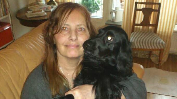 Händelsen har inte gått obemärkt förbi. Mika, som är världens snällaste hund enligt Susanne, är fortfarande nervös, äter dåligt och morrar åt sin matte. Foto: Privat