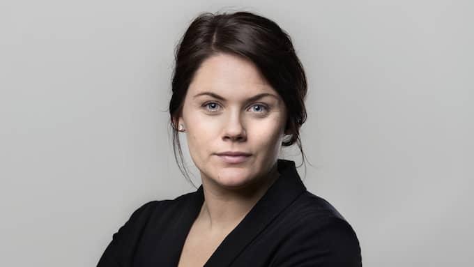 Julia Mjörnstedt Karlsten skriver om hur cancern aldrig lämnar Foto: ROBIN ARON