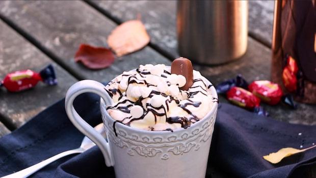 En värmande chokladdryck gjord på Dumle och Nutella