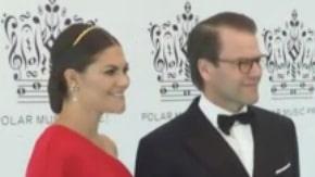 Här anländer kungafamiljen till Polarpriset