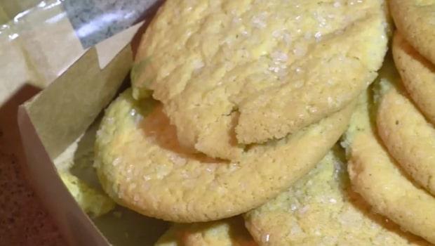 Bjöd klasskamraterna på kakor - innehöll aska från död släkting