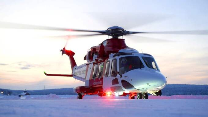 Kjell Arvidsson på företaget Fiskflyg, som under fredagen arbetat åt polisen, var förste helikopterpilot på plats. Foto: Patrick Trägårdh