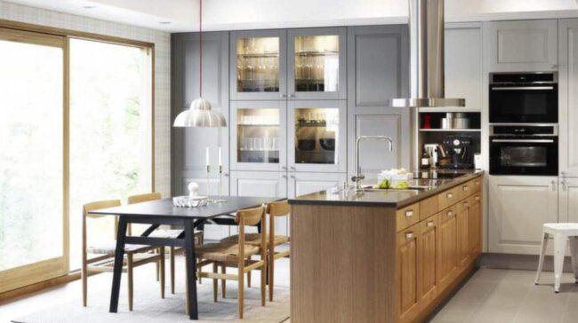 Kök från Ines Stina, Vedum. En ombonad stil som kostar cirka 110 000 kronor exklusive vitvaror och bänkskivor.