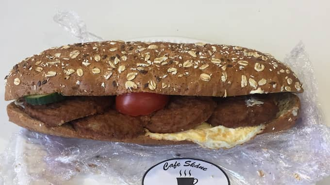 Den nya baguetten föll poliserna mer i smaken. Foto: Privat
