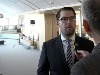 Niklas Svensson om smällen vid Jimmie Åkessons bil