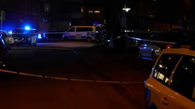 På lördagskvällen har det varit skottlossning på Hisingen i Göteborg. Foto: Niklas Göransson/ Nyheter STO