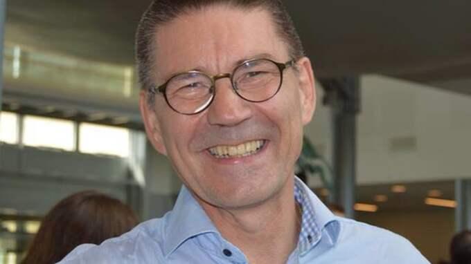 """Tommy Bergström visste inte om han skulle skratta eller gråta åt Arlandas """"enkla"""" parkering. Men det slutade med ett skratt. Foto: Privat"""