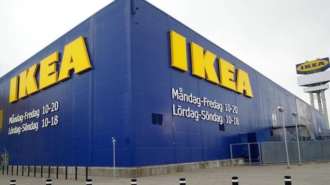 Ikea sätter in extra personal- och vaktstyrka till julen. Foto: LASSE SVENSSON