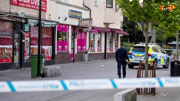 Fyra personer knivskurna i storbråk i Borås