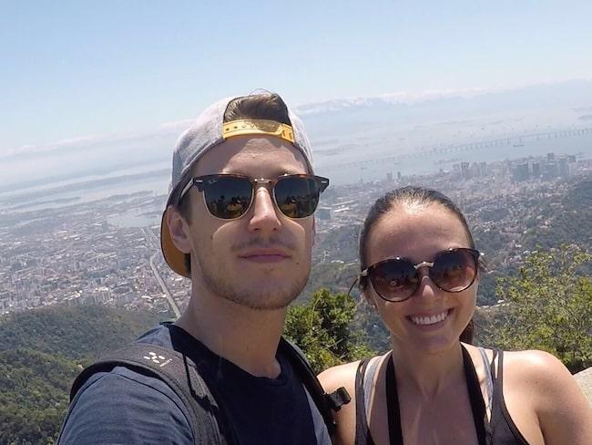 Mikael Pettersson och Hanna Brandels 10 veckors resa höll på att få ett abrupt slut när deras biljetter de bokat via resesöktjänsten Travelgenio.