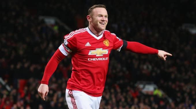 ... Medan Wayne Rooney och resten av Manchester United tränar. Foto: Alex Livesey / GETTY IMAGES GETTY IMAGES EUROPE