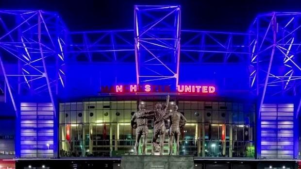Därför färgas Manchester Uniteds arena i rivalens färg
