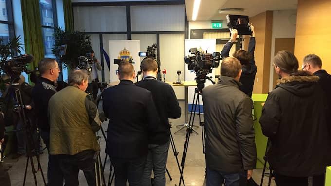 På torsdagsförmiddagen kallades det till presskonferens om sprängningen. Foto: Lars-Olof Strömberg/Kvällsposten