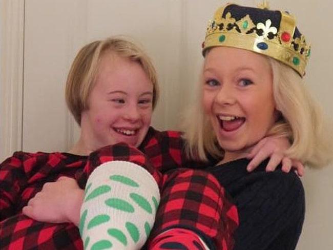 Nathea, till höger, fick många att rocka sina sockor 2015. Sedan har det bara fortsatt...