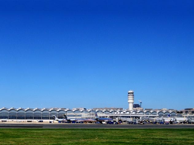 Med slutdestinationen Ronald Reagan International Airport i Washington.