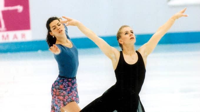 Tonya Harding och Nancy Kerrigan under OS i Lillehammer. Foto: JAN DÜSING / EXP