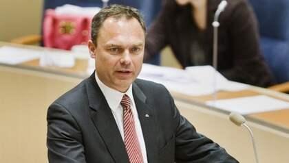 Utbildningsminister Jan Björklund vill ha betyg från årskurs 6 i grundskolan. Foto: Nils Petter Nilsson
