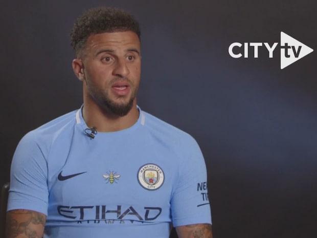 Walker klar för City - blir dyraste försvararen någonsin