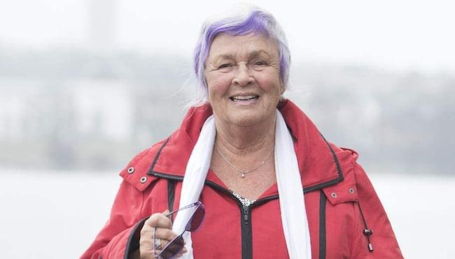 Iris Schyberger, 77, lider av artros, men genom att äta rätt och motionera kan hon lindra besvären.