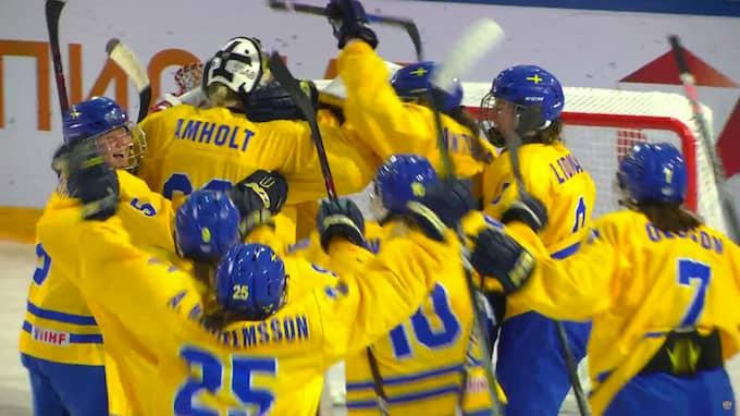 Sverige jublar efter segern. Foto: Youtube