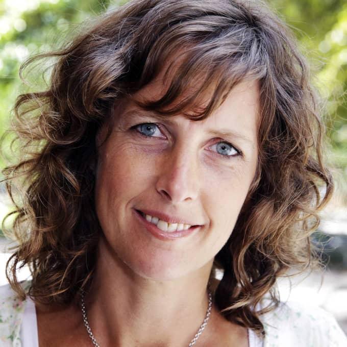 Vetenskapsjournalisten Ann Fernholm är en av de som granskat hälsoeffekterna av socker – och är mycket kritisk till det. Foto: Cornelia Nordström