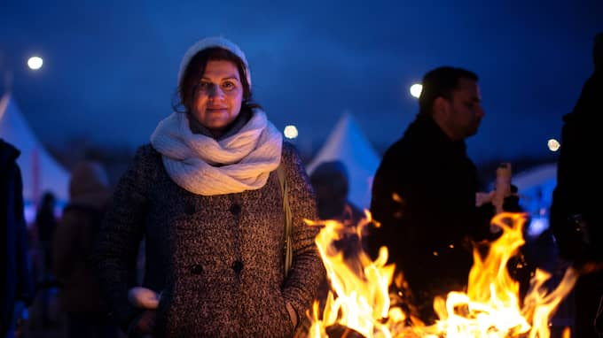 Azizeh Ghojoghi, stolt ordförande i festkommittén. Foto: HENRIK JANSSON