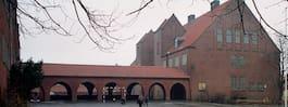 Skola utrymdes efter eldsvåda