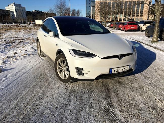 Vi vintertestar Tesla Model X.