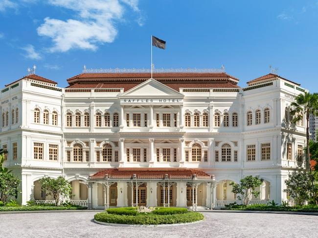 Legendariska Raffles Hotel, ett lyxhotell i kolonialstil.