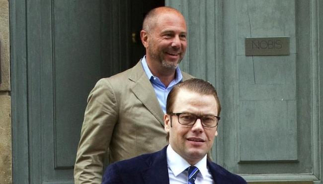 Prins Daniel, här på bild tillsammans med stjärnkrögaren Alessandro Catenacci.