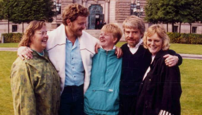 Aktivister. Ragnhild Pohanka, Birger Schlaug, Åsa Domeij, Per Gahrton och Eva Goes tog plats i riksdagen 1988. Några år innan dess satt Per Gahrton i fängelse för civil olydnad. Foto: Håkan Lindgren