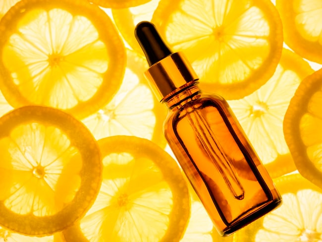 Får klar hy med C-vitamin.