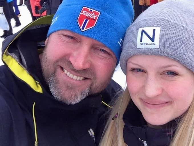 Tova Moberg tillsammans med sin pappa Roger Moberg. Foto: / PRIVAT