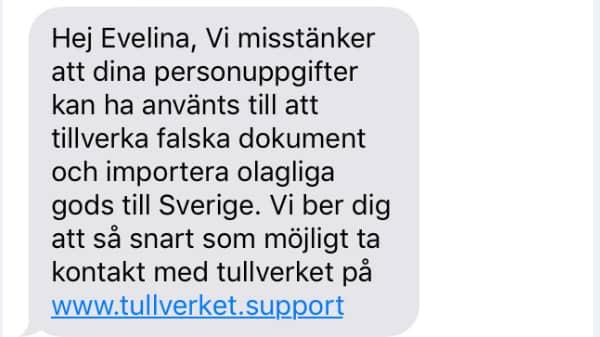 Ett av bedrägerimeddelandena som har sms:ats till privatpersoner. Att bedragarna känner till namnet på den som de skickar sms till hör inte till vanligheterna. Foto: Polisen