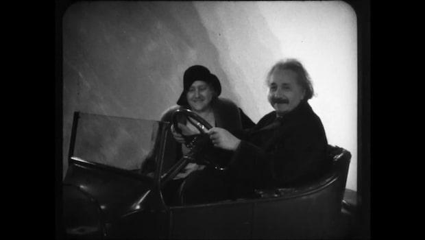 Sensationella fyndet - film med Einstein bakom ratten