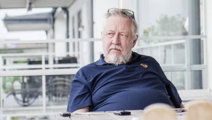 Leif GW Persson lämnade över revolvern som nu undersökts till polisen. Foto: Simon Hastegård