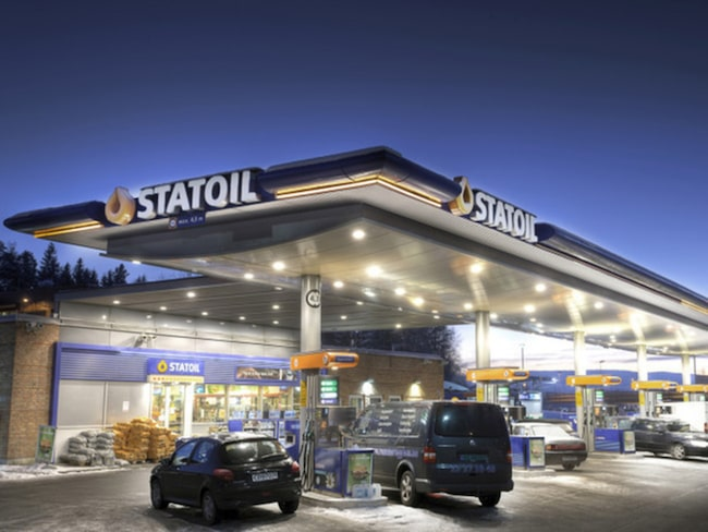 """Statoil plockar ner skylten – nu ska mackarna heta """"Circle K""""."""